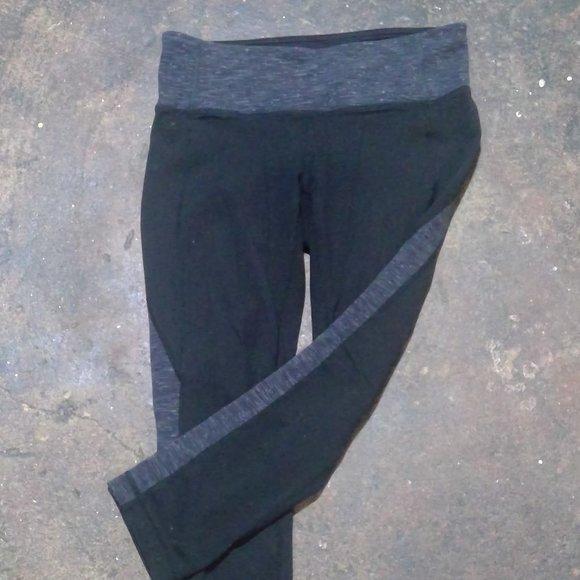 Athleta Pants - Athleta Womens Black Leggings Gray Gusset Contrast